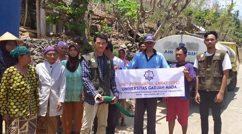 Penyaluran Donasi Air Bersih untuk Warga Terdampak Kekeringan di Gunung Kidul, DIY